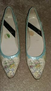 A pair of beautiful vintage shoes floral design