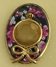 a Bow, Gilt and Enamel, Box, 1950s Pretty Novelty Brooch Shaped as a Hat with