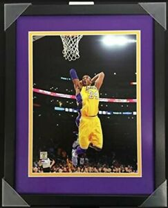 """Kobe Bryant Los Angeles Lakers NBA Action Photo (Size: 12"""" x 15"""") Framed"""