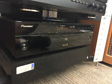Pioneer ELITE Blu-Ray Player BDP-05FD Fantastic DVD and CD Player