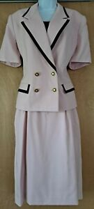 Womens Suit VINTAGE Kasper Chanel-type Skirt Suit Light Pink Double Breasted NEW