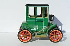 CUTE VINTAGE LEVEL AUCTION TIN TOY CAR MADE BY THE MODERN TOY COMPANY IN JAPAN