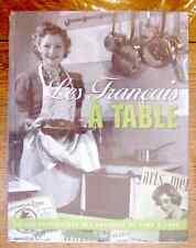 LES FRANCAIS A TABLE : LA VIE QUOTIDIENNE DE 1900 à 1960 - neuf sous blister