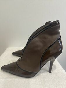 """SACHI 'Lolly"""" patent / natural brown leather zip detail ankle boots 7.5 NWOT"""