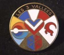 Les 3 Vallees Vtg Skiing Pin Badge Courcheval FRANCE Souvenir Travel Lapel
