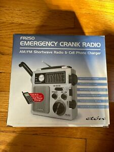 Eton FR250 Multi Purpose Radio AM/FM/Shortwave  world receiver, NatGeo