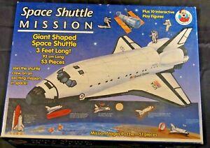 Frank Schaffer Publications Space Shuttle Puzzle playset 130 piece Hubble Telesc