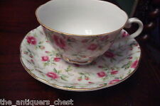 Lefton made in Japan Cup & Saucer floral bouquets and gold[*a5-b2]
