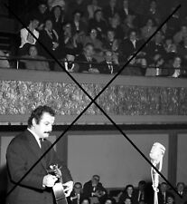 PHOTO DE GEORGES BRASSENS 1950