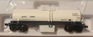 Atlas N #50001949 Kaolin Tank Car ACFX (Rd #72060) RTR (white, blue)