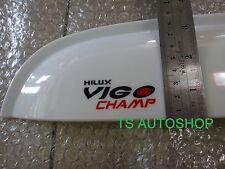 WHITE 4 DOOR WEATHER GUARDS VISOR FOR TOYOTA HILUX VIGO/CHAMP SR5 MK6 2012-2014
