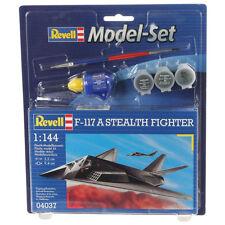 REVELL Model Set f-117 Stealth Fighter (1:144) Kit Modello Nuovo