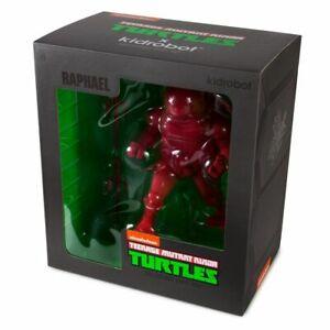 """Teenage Mutant Ninja Turtles - Raphael 8"""" Medium Vinyl Figure-KIDTRLCG025"""