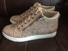 JANA Women's Hi Top Sneaker Size:4UK/37 NEW