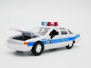 1992 CHEVY CAPRICE DALLAS TX POLICE RARE 1:64 SCALE DIORAMA DIECAST MODEL CAR
