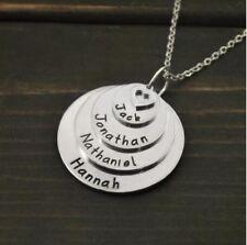 Halskette mit Gravur graviert vier Namen Stammbaum Geschenk-Idee personalisiert