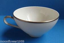 Kaffeetasse Eschenbach Goldrand Elfenbein Tasse Vintage Porzellan Bavaria