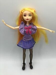 Madame Alexander Space Pop Luna Princess Doll Articulated