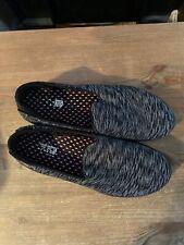 Ladies Black Pattern Slip On Skechers Size 5