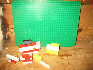 LEGO ASSORTED COLOURED CONSTRUCTION BRICKS SET D  BASEBOARD  ADD SUIT 6-12YEARS