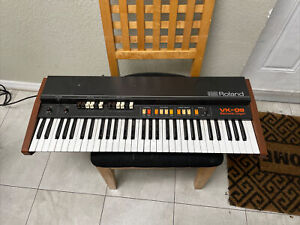 Roland VK-09 Electronic Organ AS IS FOR PARTS OR REPAIR NON WORKING