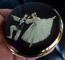 Attractive STRATTON Ladies Ballet Dancing Compact  c.1960s - Cecil Golding