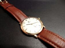 Gents Omega 18ct gold mens watch manual wind beautiful condition