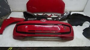 VOLKSWAGEN UP 2013 FRONT END NOT COMPLETE IN RED