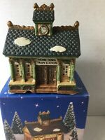 Vintage Christmas Village Home Town America Collection Train Station1995