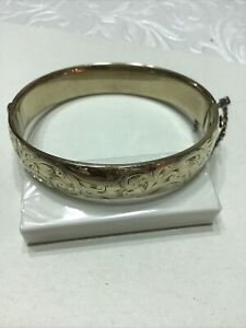 9ct Gold Metal Core Bangle Weighs 22.8 Grams