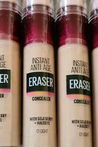 Maybelline Instant Anti-Age  Eraser Eye Perfect  Concealer 01 Light Sealed NEW 1