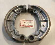 Coppia ganasce post.- Shoe Rear Brake (2) - Kawasaki Z400 NOS: 42019-003 x 2