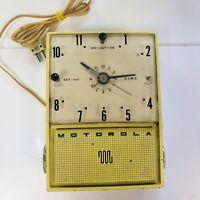 Vintage Motorola 1950s Pin-Up Clock Radio Yellow 52CW1 Electric Clock Works MCM