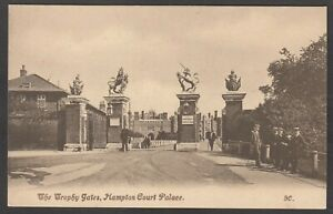 Postcard Hampton Court Palace in Richmond Upon Thames London the Trophy Gates
