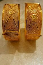 22k GOLD PLATED STUNNING TRADITIONAL KADA  BRACLATE SIZE 2.6 TO 2.8 OPENABLE