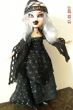 LUCY, VAMPIRE DOLL, CUSTOMIZED, OOAK, GOTHIC DOLL, LIVING DEAD DOLL, HORROR DOLL