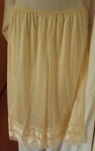 "Velrose Lingerie Plus Size Snip-it Culotte Slip Style 2402 (1X-4X)  22""-26"""