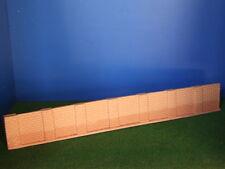 Muro perimetrale con piloni in mattoni rossi H0 1:87 cm. 21X2,8 Krea