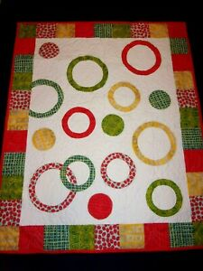 """CIRCLES Patchwork Quilt 43"""" x 35"""" 100% Cotton Made in USA"""