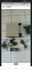 Nintendo NES Konsole mit Kabel und Kontroller