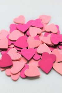 18mm LOVE HEARTS WOODEN CRAFT SCRAPBOOK COLOURED HEARTS WEDDING DECORATION x 25