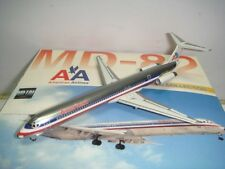 """Dragon Wings American Airlines AA MD-82 """"1990s colors - Polish Fuselage"""" 1:400"""
