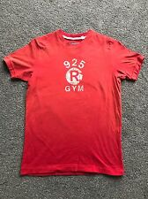 Ruehl 925 (Abercrombie & Fitch) T-Shirt - Red - Small