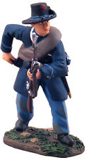 NEW Union Infantry Iron Brigade Reaching for Cartridge #1 Britains #31095