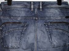 DIESEL POIAK REGULAR SLIM-TAPERED FIT JEANS 008D5 W31 L32 (4090)