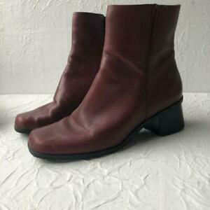 Madeline Favor Burgundy Leather Boots Booties Womens Sz.9  Weather Resistant