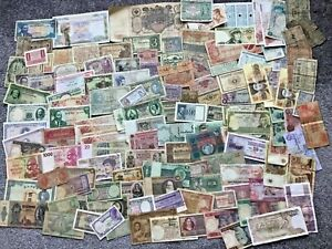 Over 130 World Banknotes