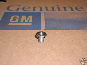 63 64 65 66 67 C2 CORVETTE HARDTOP MOUNTING NUT NEW GM NOS 3727928