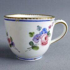 Sèvres Porcelaine Tendre Tasse Bouillard 18ème Bouquets