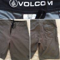 VOLCOM swim trunks size 14